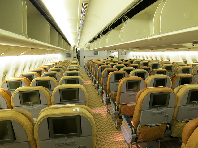 ghe-hang-pho-thong-tot-nhat-the-gioi-06-singapore-airlines